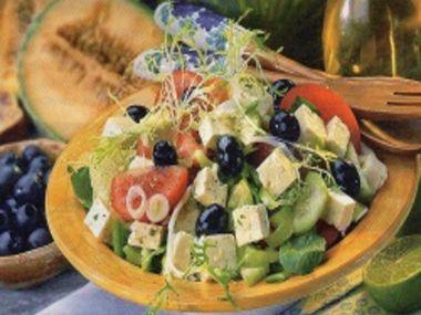Salát se sýrem tofu