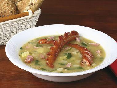 Bramborová polévka s pórkem a klobásou