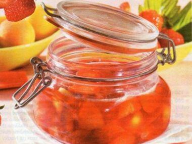 Jahodový džem s meruňkami
