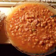 Ohnivé fazole se slaninou recept
