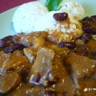 Vepřový guláš s fazolemi recept