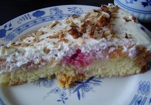 Karamelový koláč s ovocem