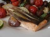 Losos s marinovaným zeleninovým špízem a kuskusem recept ...