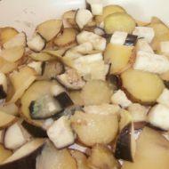 Lilek dušený s bramborem recept