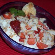 Tvarohový dezert s jahodami a kokoskami recept