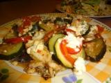 Tilapie na zelenině s balkánským sýrem recept