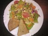 Grepový salát s čočkovými klíčky recept