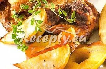 Vepřové kotlety na hruškách recept  vepřové maso