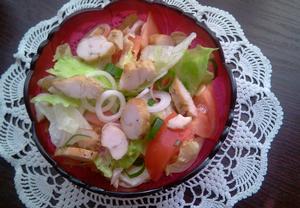 Feferonkový salát s kuřetem