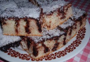 Kefírová kokosová buchta (koláč)  píchaná