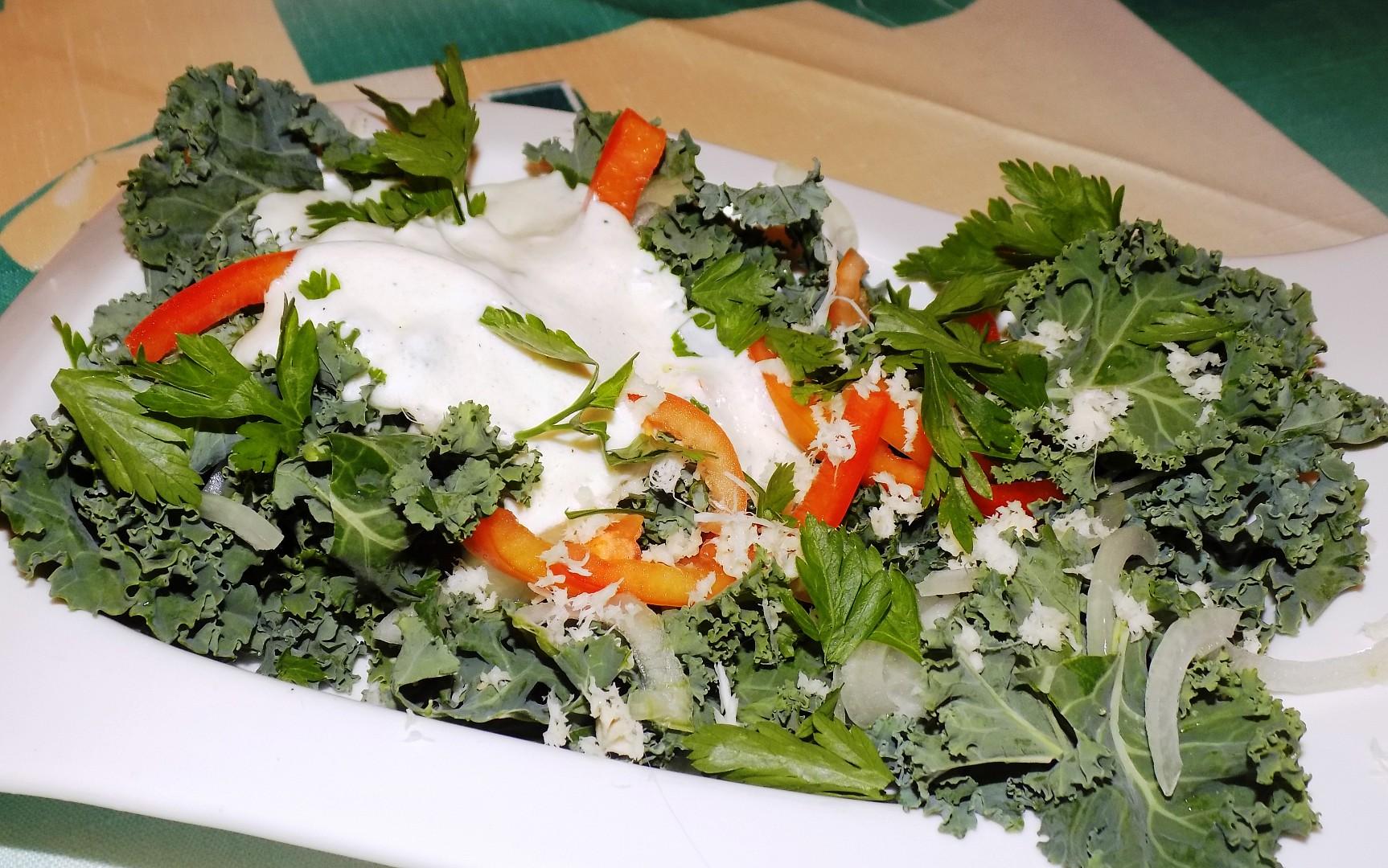 Salát z kadeřávku recept