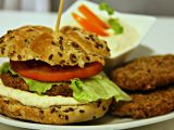 Domácí burger s tuňákovými placičkami recept