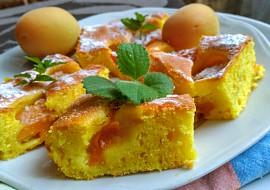 Sluníčková meruňková bublanina z jogurtu recept