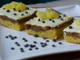 Marcipánové řezy s ananasem recept