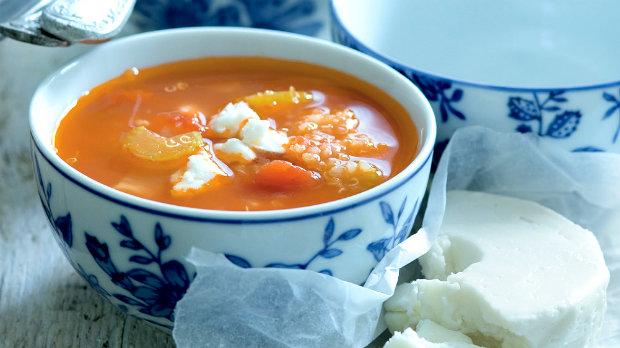 Rajčatová polévka s quinoou
