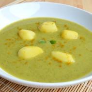 Cuketová polévka s hráškem a kari recept