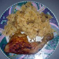 Žampionové těstoviny s kuřátkem recept