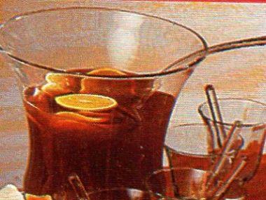 Vínový punč z černého čaje