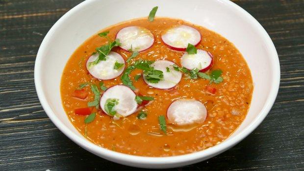 Turecká polévka z červené čočky