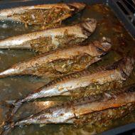 Pečené makrely s pikantní nádivkou recept