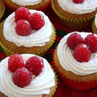 Malinové cupcakes s lahodným krémem recept