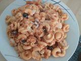 Funghetto těstoviny s kuřecím masem a černými olivami  dietní ...