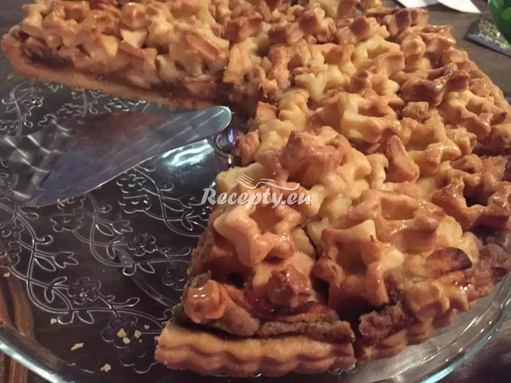 Sušenkový jablečný koláč recept  slavnostní pokrmy