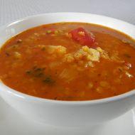 Pikantní červená polévka s čočkou recept