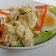 Salát s vejci a uzeným masem recept