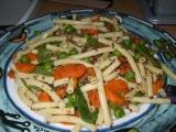 Mleté maso se zeleninou a těstovinami recept