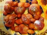 Smažené uzlíky sypané skořicovým cukrem recept