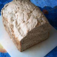 Chléb z domácí pekárny se zakysanou smetanou recept