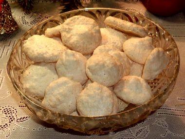 Bílkové kokosové pusinky