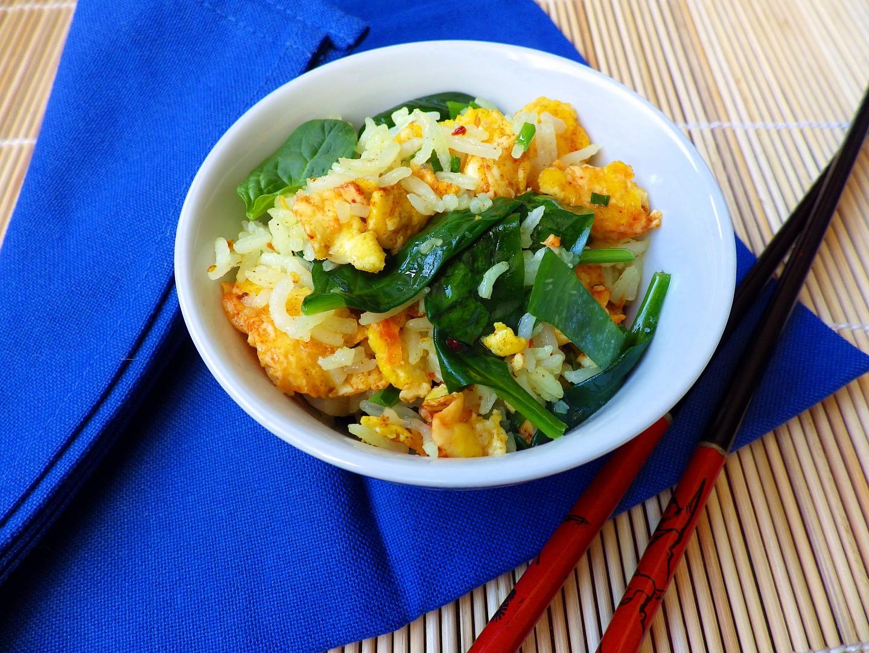 Rýže s vejci a špenátem recept