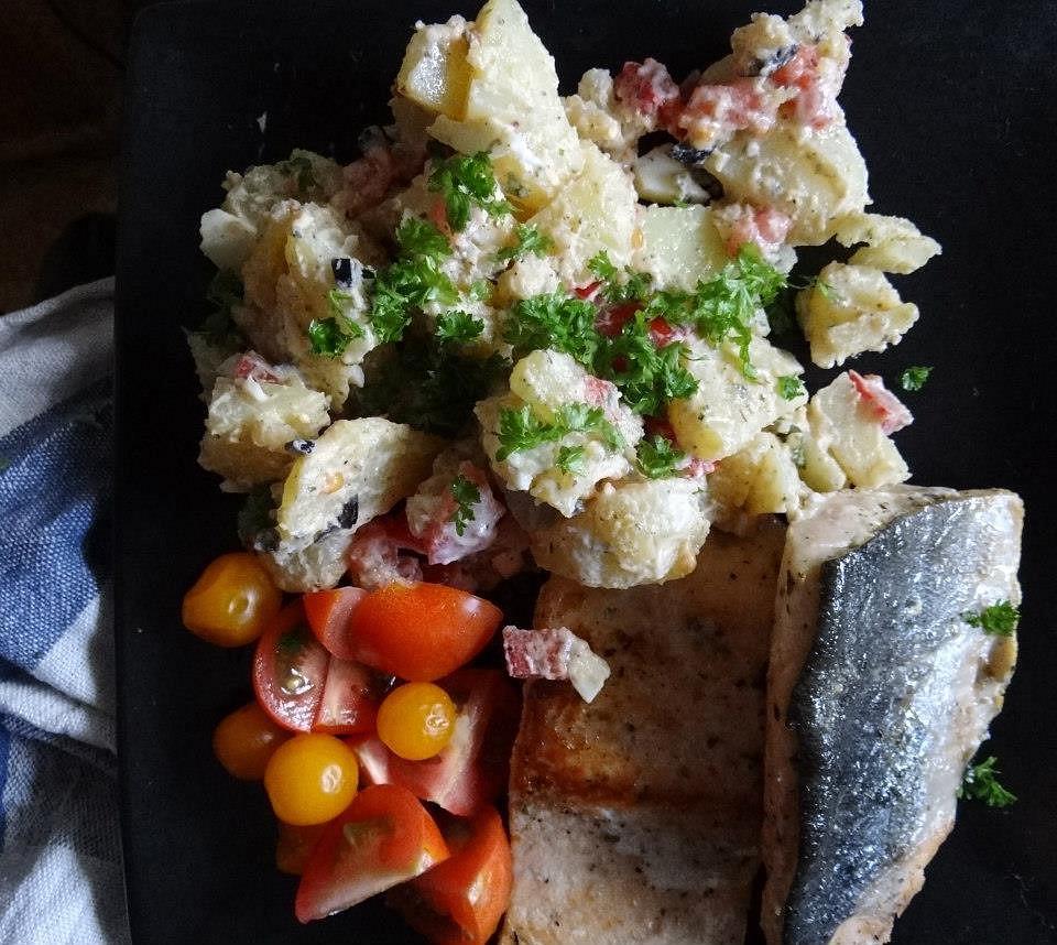 Mořská štika s bramborovým salátem recept