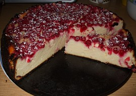 Tvarohový koláč s ovocem ( tentokrát s rybízem) recept ...