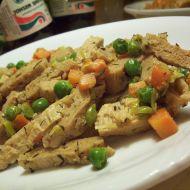Sójové nudličky se zeleninou a bylinkami recept