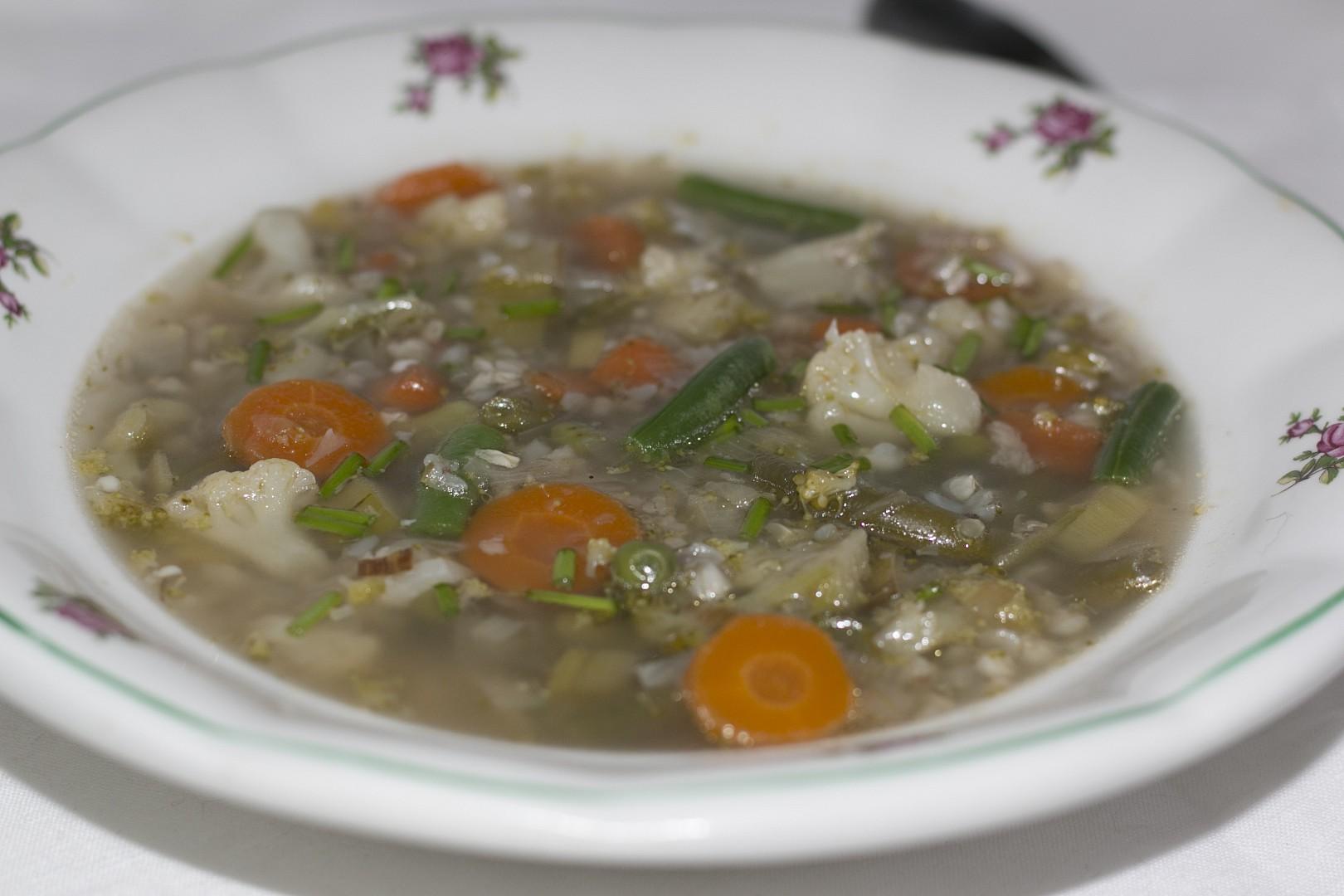 Pohanková polévka se zeleninou recept
