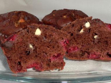 Muffiny s čokoládou a malinami