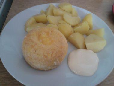 Smažený sýr bez smažení, dělaný v mikrovlnce