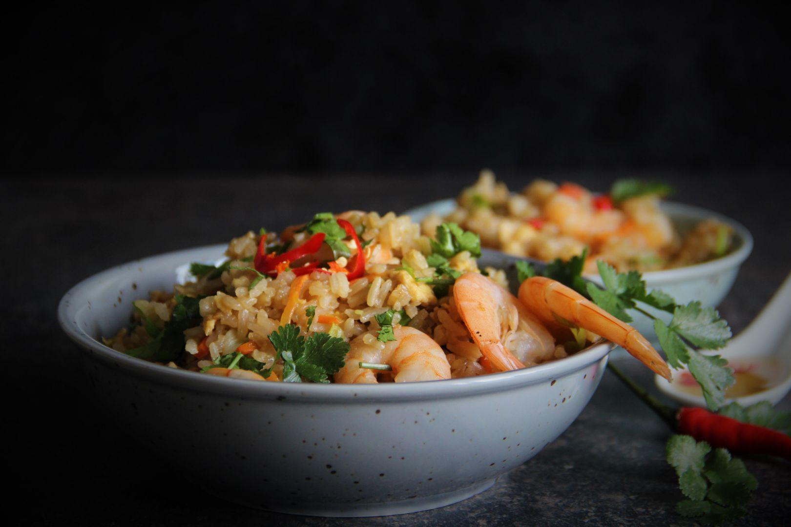 Thajská smažená rýže s krevetami a pikantní zálivkou recept ...