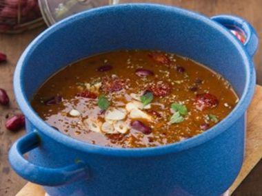 Maďarská fazolová polévka