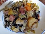 Kadlíkovo zelí s houbama, bramborem, uzeným... recept ...