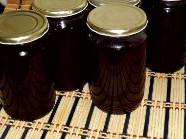 Marmeláda z ostružin a jablek