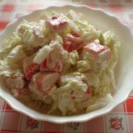 Salát z čínského zelí s krabími tyčinkami recept