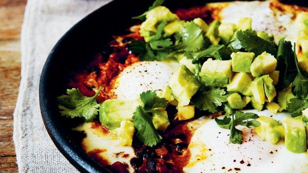 Zdravá vejce po farmářsku – Huevos Rancheros