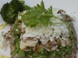 Brokolicová pohanka s kuřecím masem a balkánským sýrem recept ...