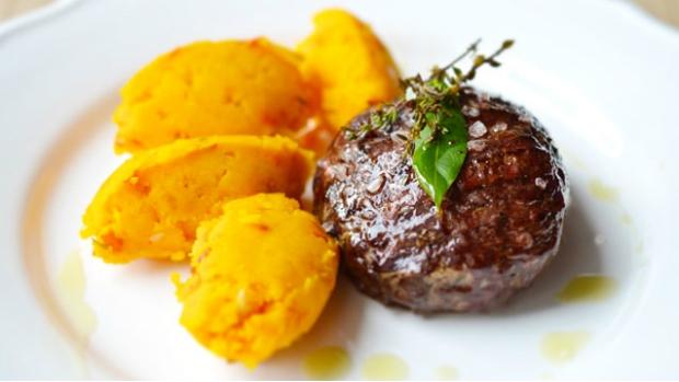 Steak s dýňovými noky