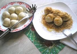 Ovocno  tvarohovo  strouhankové knedlíky recept