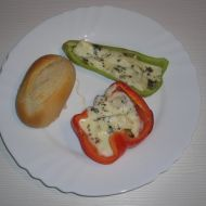Zapečené papriky s nivou recept